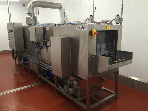 Industrial Washing Machines From Oliver Douglas Trayline 3